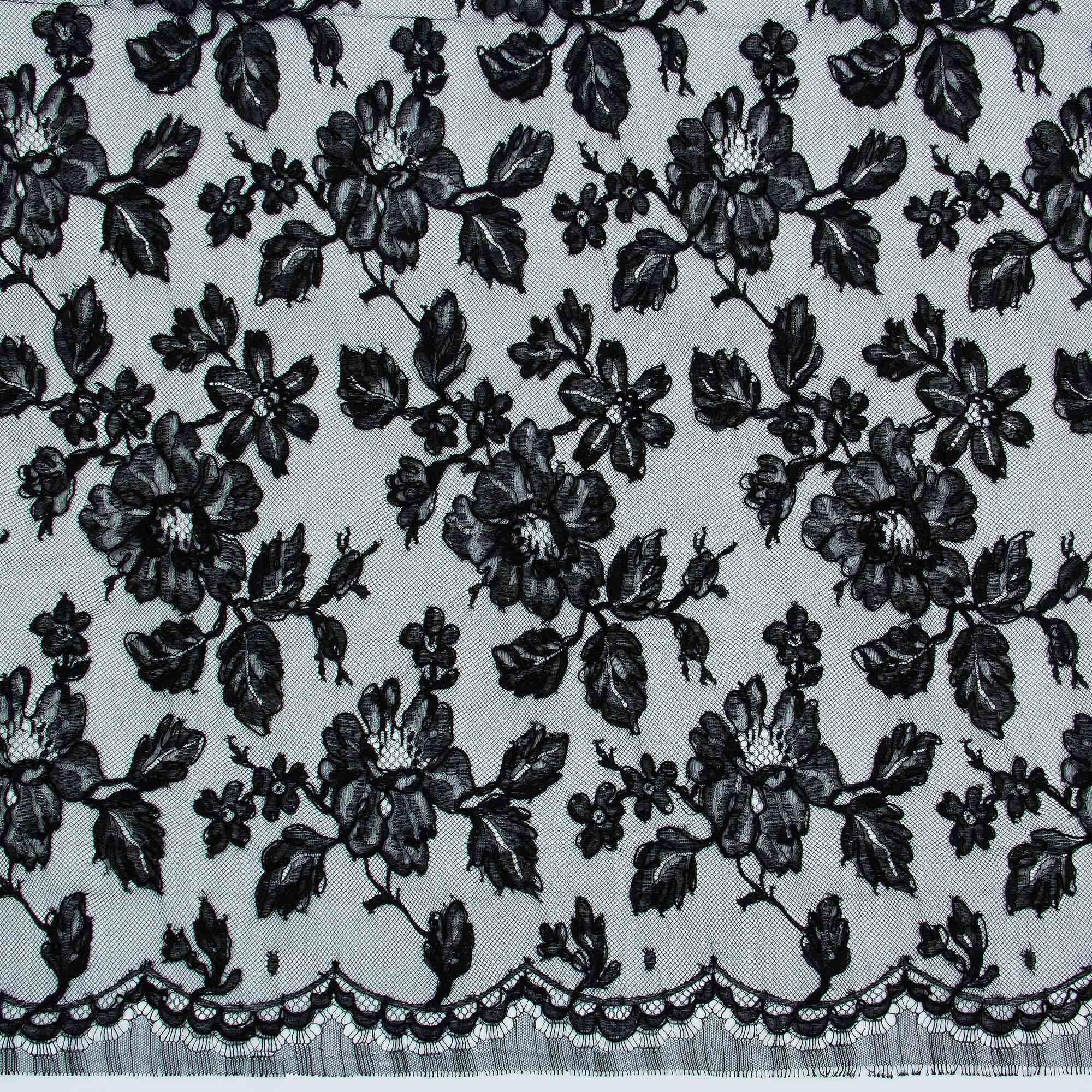 6a739415ade Плотное кружево черного цвета